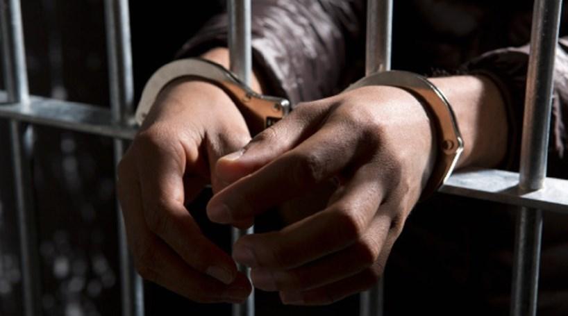 prisão-algema - Portal Estudando Direito